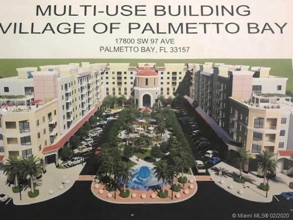 17800 97th  Ave, Palmetto Bay, FL 33157 (MLS #A10817761) :: Kurz Enterprise