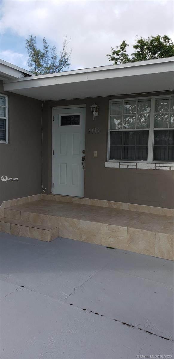 2475 NW 107th St, Miami, FL 33167 (MLS #A10818209) :: Berkshire Hathaway HomeServices EWM Realty
