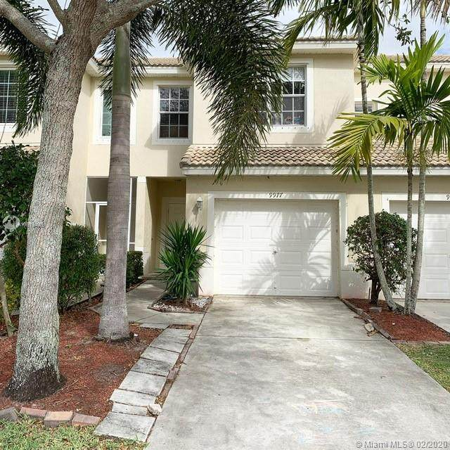 9977 Porta Leona Ln, Boynton Beach, FL 33472 (MLS #A10819495) :: The Teri Arbogast Team at Keller Williams Partners SW