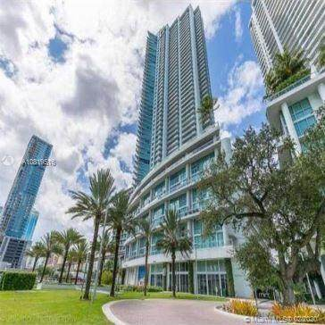92 SW 3rd St #4103, Miami, FL 33130 (MLS #A10819516) :: ONE Sotheby's International Realty