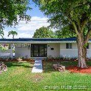 6635 SW 49th Ter, South Miami, FL 33155 (MLS #A10819711) :: Prestige Realty Group