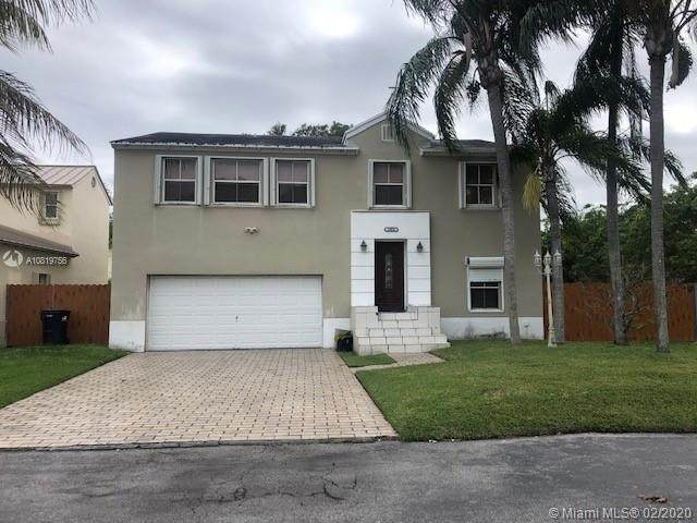 12016 SW 268th Ter, Homestead, FL 33032 (#A10819756) :: Dalton Wade