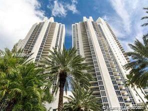 Sunny Isles Beach, FL 33160 :: Berkshire Hathaway HomeServices EWM Realty