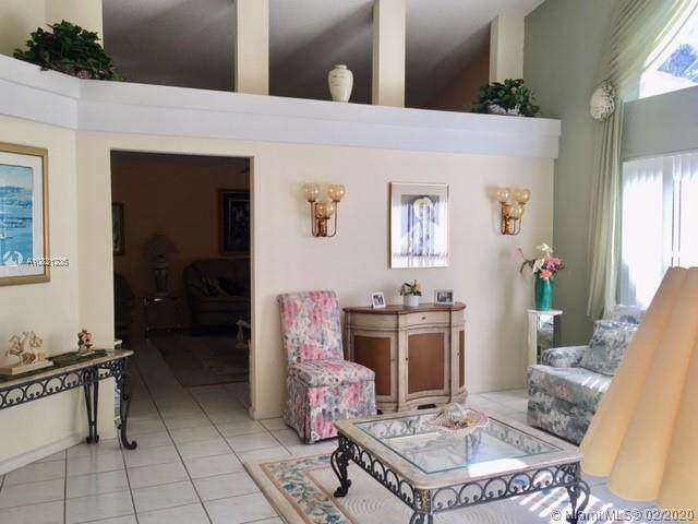 118 Bent Tree Dr, Palm Beach Gardens, FL 33418 (MLS #A10821236) :: Berkshire Hathaway HomeServices EWM Realty
