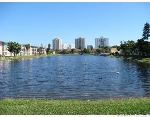 2790 NE 201st Ter H321, Aventura, FL 33180 (MLS #A10824690) :: Berkshire Hathaway HomeServices EWM Realty