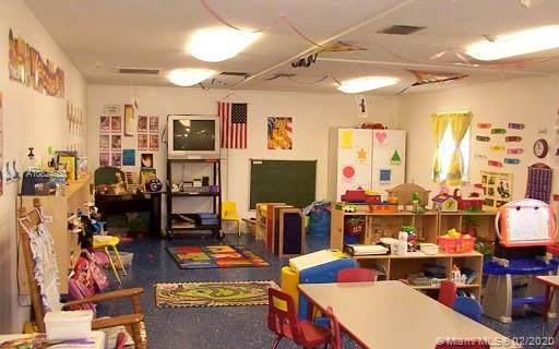 Doral, FL 33172 :: Berkshire Hathaway HomeServices EWM Realty