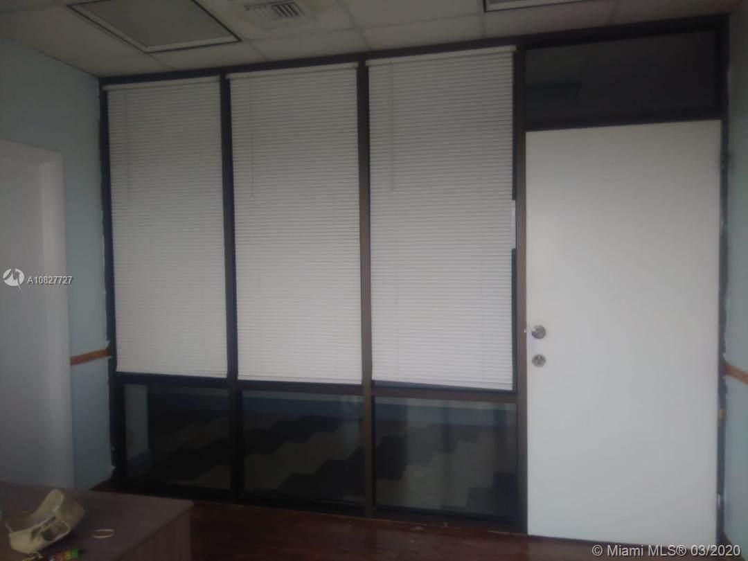 900 49th St Suite 526 - Photo 1