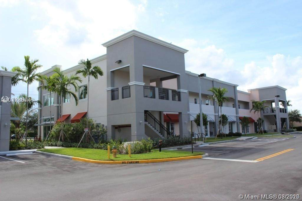 2201 Palm Ave #4-207 - Photo 1