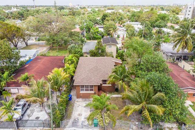 321 NE 55 Ter, Miami, FL 33137 (MLS #A10829668) :: Berkshire Hathaway HomeServices EWM Realty