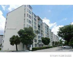 1780 NE 191st St 104-2, Miami, FL 33179 (MLS #A10830883) :: Grove Properties