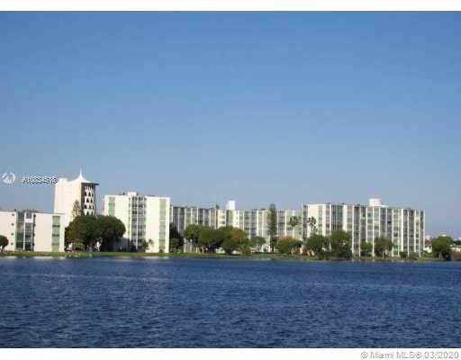 1780 NE 191st St 214-2, Miami, FL 33179 (MLS #A10834518) :: Grove Properties