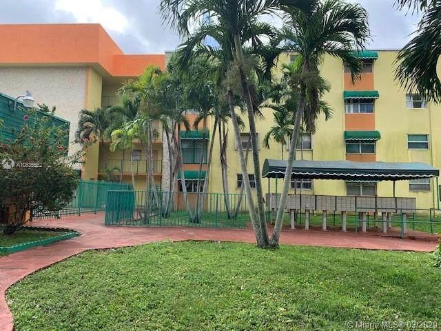 606 W 81st St #220, Hialeah, FL 33014 (MLS #A10835552) :: The Jack Coden Group