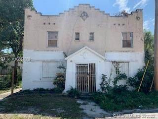 244 NW 73rd Ter, Miami, FL 33150 (MLS #A10837009) :: Berkshire Hathaway HomeServices EWM Realty