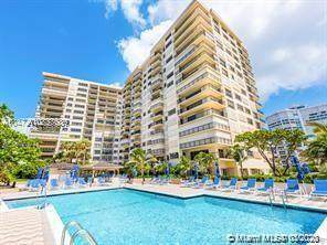 1800 S Ocean Blvd #302, Lauderdale By The Sea, FL 33062 (MLS #A10837689) :: The Howland Group