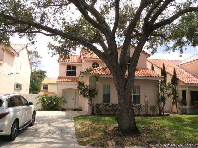 3840 Amalfi Dr, Hollywood, FL 33021 (MLS #A10841357) :: THE BANNON GROUP at RE/MAX CONSULTANTS REALTY I