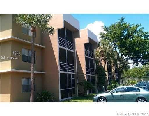 4235 N University Dr #304, Sunrise, FL 33351 (MLS #A10842428) :: Green Realty Properties