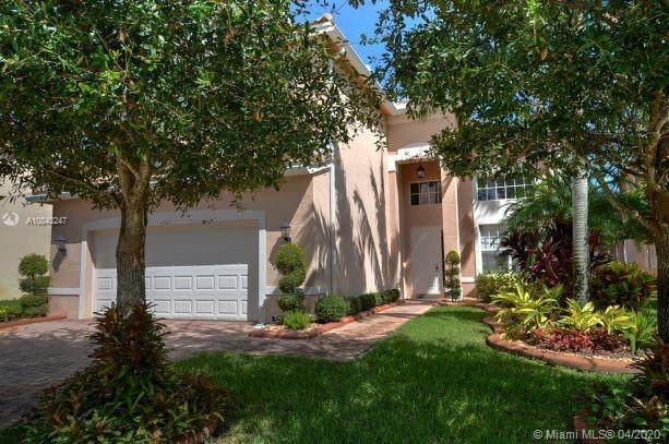 4767 SW 183rd Ave, Miramar, FL 33029 (MLS #A10843247) :: Green Realty Properties