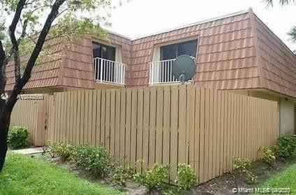 860 Blue Ridge Cir #860, West Palm Beach, FL 33409 (MLS #A10843500) :: Grove Properties
