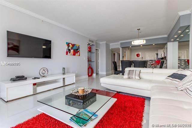 17050 N Bay Rd #702, Sunny Isles Beach, FL 33160 (MLS #A10847137) :: Prestige Realty Group