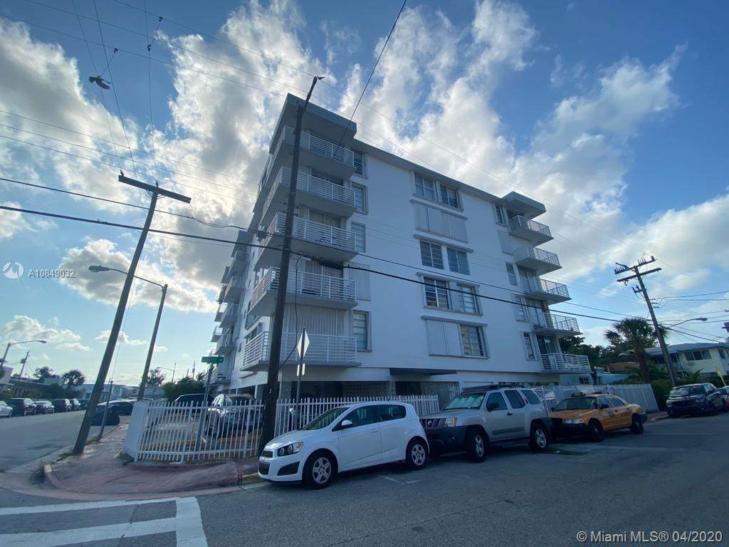 7800 Carlyle Ave - Photo 1