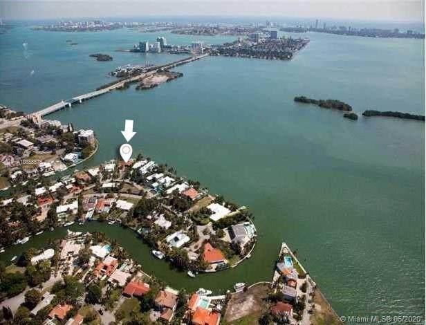 1155 Belle Meade Island Dr, Miami, FL 33138 (MLS #A10855575) :: Albert Garcia Team