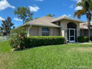 1410 Sw 16TH Ter, Cape Coral, FL 33991 (MLS #A10856650) :: Berkshire Hathaway HomeServices EWM Realty