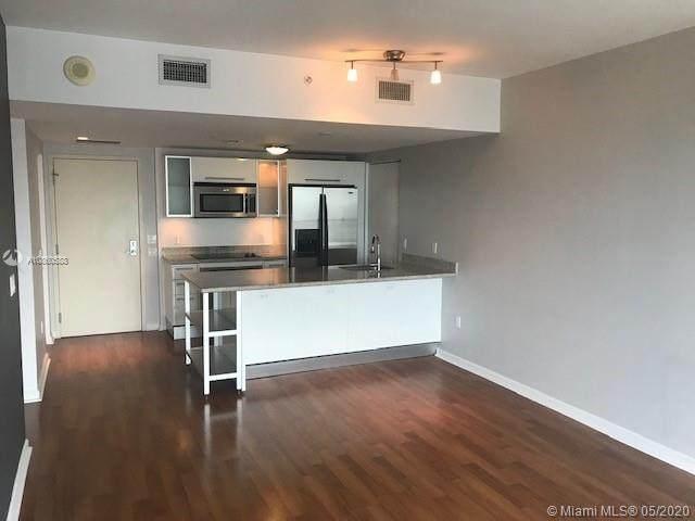 185 SW 7th St #3610, Miami, FL 33130 (MLS #A10860588) :: Berkshire Hathaway HomeServices EWM Realty