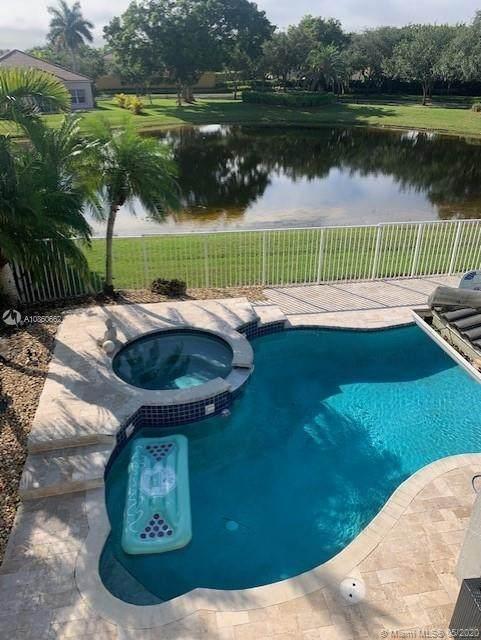 1608 Quail Ct, Weston, FL 33327 (#A10860662) :: Real Estate Authority