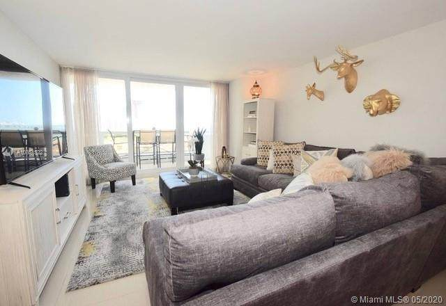 1717 N Bayshore Dr A-1036, Miami, FL 33132 (MLS #A10861522) :: The Jack Coden Group