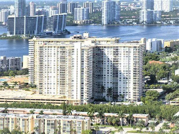 230 174th St #619, Sunny Isles Beach, FL 33160 (MLS #A10862701) :: Ray De Leon with One Sotheby's International Realty