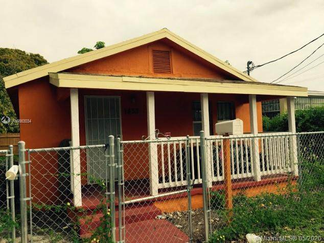 1433 NW 73rd St, Miami, FL 33147 (MLS #A10863034) :: Grove Properties