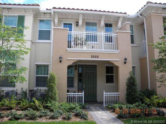 2920 Cascada Isles Way, Cooper City, FL 33024 (MLS #A10863106) :: Green Realty Properties