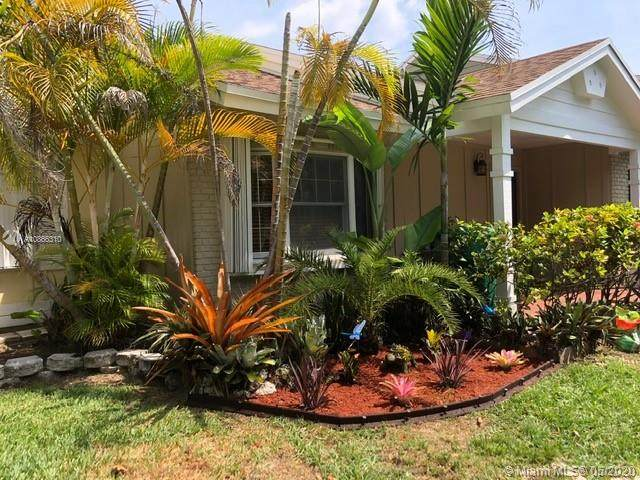 14512 SW 142nd Place Cir, Miami, FL 33186 (MLS #A10866310) :: THE BANNON GROUP at RE/MAX CONSULTANTS REALTY I