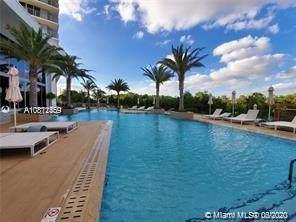 16385 Biscayne Blvd #602, North Miami Beach, FL 33160 (MLS #A10871469) :: The Howland Group