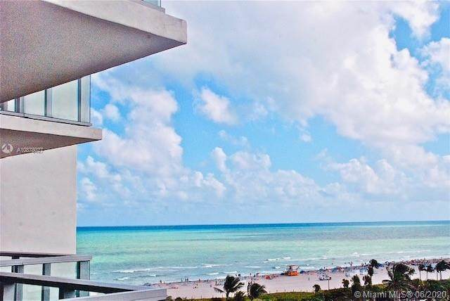 2201 Collins Ave #804, Miami Beach, FL 33139 (MLS #A10878027) :: The Pearl Realty Group