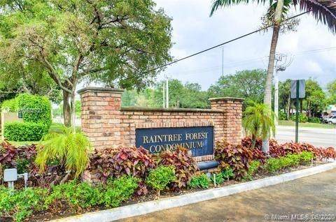301 N Pine Island Rd #106, Plantation, FL 33324 (MLS #A10878721) :: Berkshire Hathaway HomeServices EWM Realty