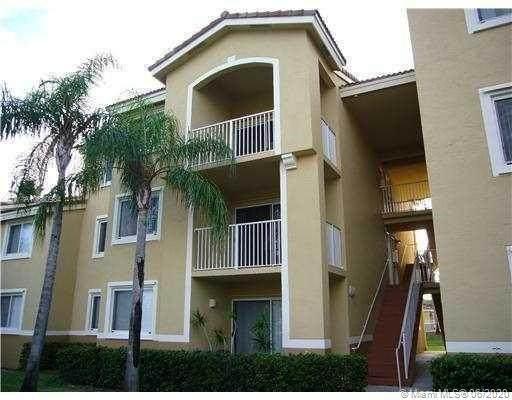2600 S University Dr #209, Davie, FL 33328 (MLS #A10880984) :: Berkshire Hathaway HomeServices EWM Realty