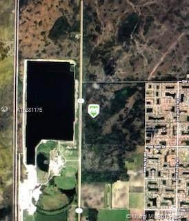 4700 SW Krome Avenue, Miami, FL 33185 (MLS #A10881175) :: Berkshire Hathaway HomeServices EWM Realty