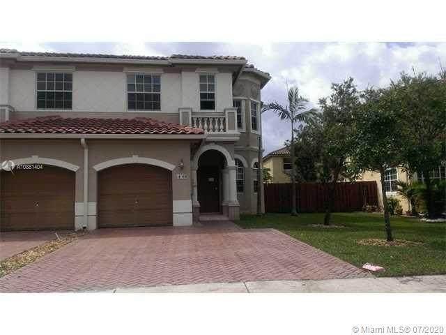 14066 SW 51 Ln, Miramar, FL 33027 (MLS #A10881404) :: Green Realty Properties
