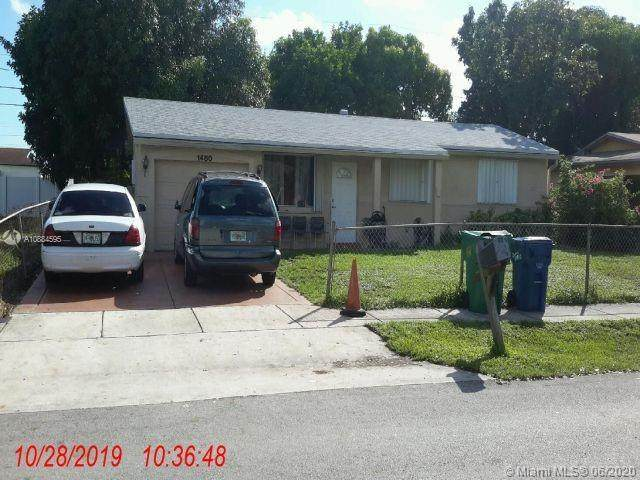 1480 NW 32nd Ave, Lauderhill, FL 33311 (MLS #A10884595) :: Prestige Realty Group