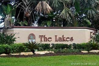 763 Lake Blvd, Weston, FL 33326 (MLS #A10885426) :: Patty Accorto Team
