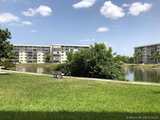 2905 Point East Dr L104, Aventura, FL 33160 (MLS #A10886003) :: ONE Sotheby's International Realty