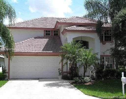 10278 Brookville Ln, Boca Raton, FL 33428 (MLS #A10887506) :: Berkshire Hathaway HomeServices EWM Realty