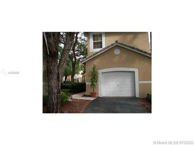 1962 Madeira Dr #1962, Weston, FL 33327 (MLS #A10888653) :: Green Realty Properties
