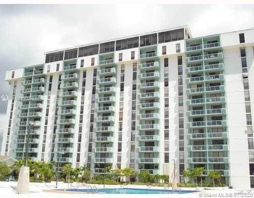 13499 Biscayne Blvd #1501, North Miami, FL 33181 (MLS #A10893638) :: Grove Properties