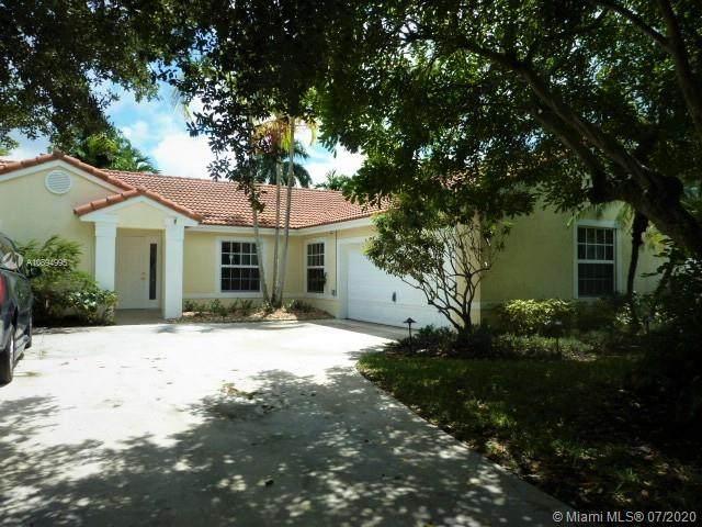 13540 SW 20th St, Miramar, FL 33027 (MLS #A10894995) :: Laurie Finkelstein Reader Team