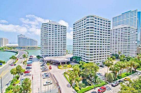 905 Brickell Bay Dr #1921, Miami, FL 33131 (MLS #A10901462) :: The Pearl Realty Group