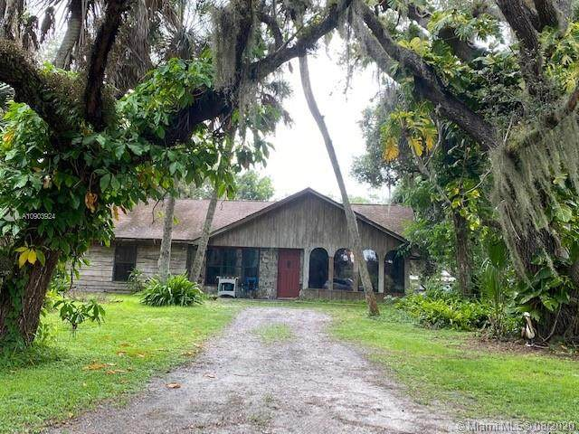 1889 County Road 731, Other City - In The State Of Florida, FL 33935 (MLS #A10903924) :: The Riley Smith Group