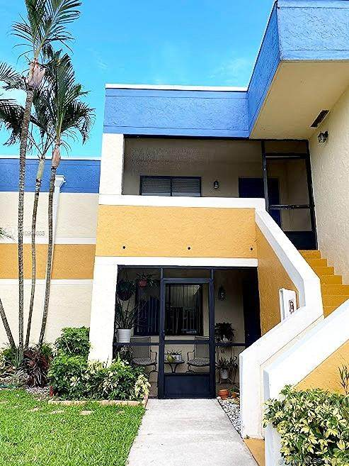 163 Lakeview Dr #104, Weston, FL 33326 (MLS #A10904688) :: The Teri Arbogast Team at Keller Williams Partners SW