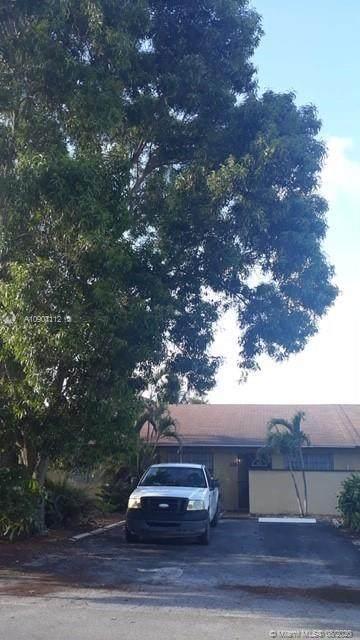 509 NW 43rd Place, Deerfield Beach, FL 33064 (#A10907112) :: Dalton Wade